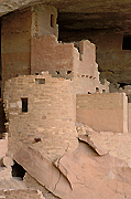 Picture of Cliff Palace, Mesa Verde National Park.